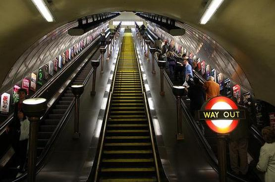 В лондонском метро появится кинотеатр