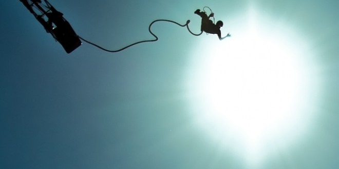 Молодая голландка погибла в Испании, совершаю прыжок с банджи