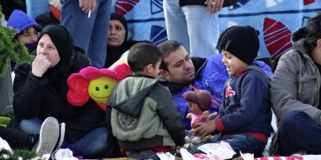ЕС хочет, чтобы Испания приняла 15 тысяч беженцев